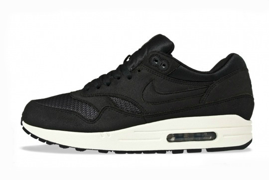A very clean and sleek looking Nike Air Max 1 for Spring 2012 has been  spotted recently at retailers. 3444f8269311