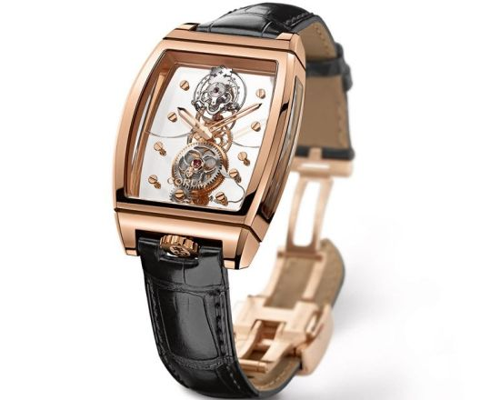 corum_golden_bridge_tourbillon_panoramic_features_a_flying_tourbillon_htfb1