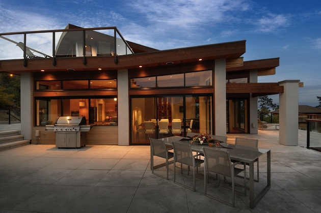 High end armada house in victoria british columbia for High end home designs