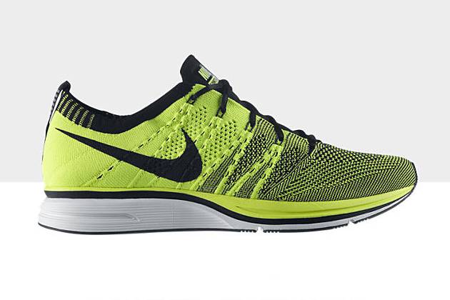 nike-flyknit-trainer-volt
