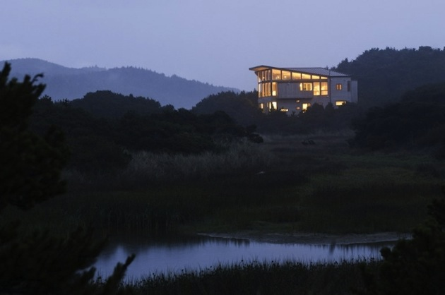 Oregon-Coast-Beach-House-by-Boora-Architects-6