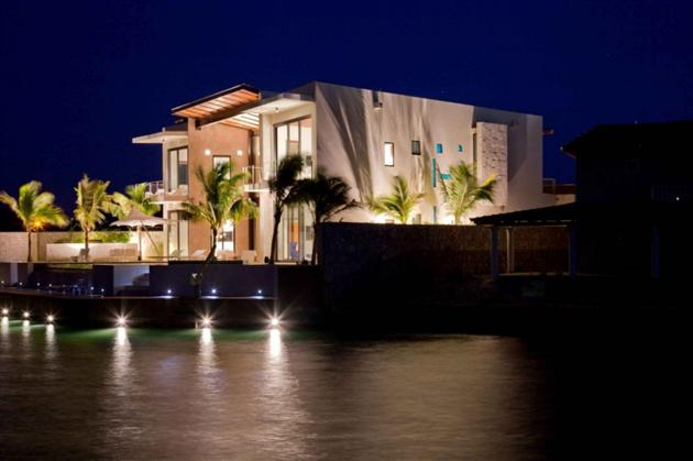 Caribbean-Weekend-Home-Bonaire-Residence-by-Silberstein-Architecture-2