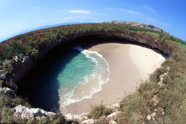 hidden-beach-marieta-islands-mexico-1