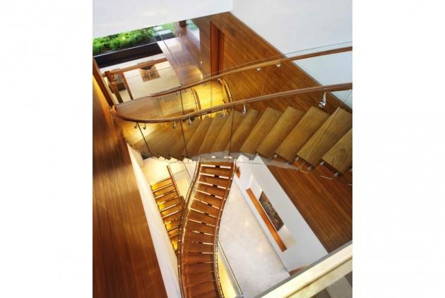 Sky-Garden-House-by-Guz-Architects-04-630x422