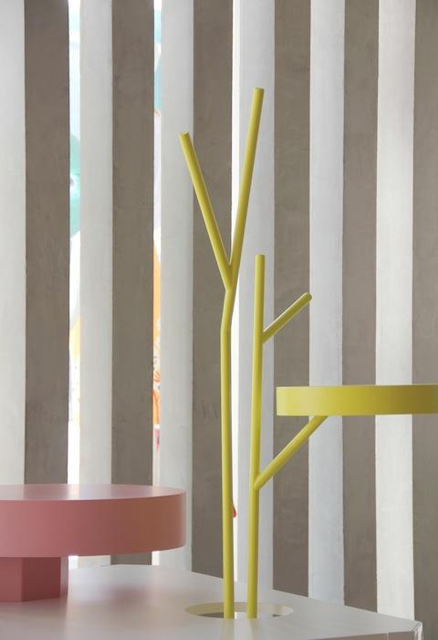 Table-in-Wonderland-for-Fabrica-by-David-Raffoul-and-Charlotte-Juillard-on-flodeau.com-4