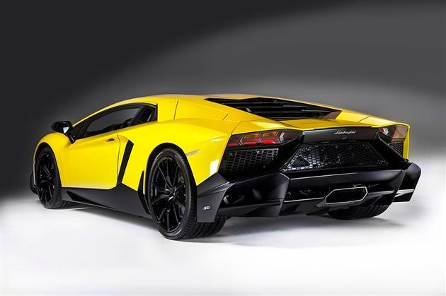 Lamborghini-Aventador-LP720-4-50-Anniversario-Edition-4