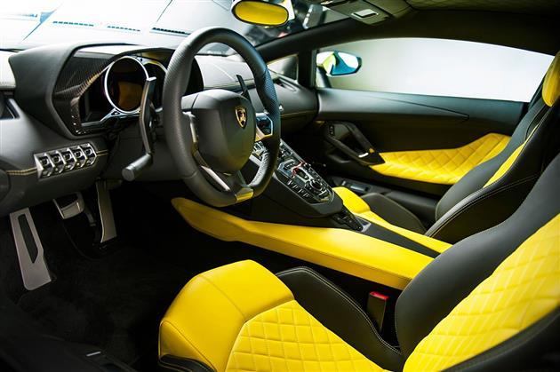 Lamborghini-Aventador-LP720-4-50-Anniversario-Edition-5