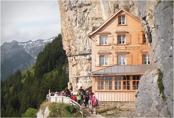 mountain-guest-house-switzerlend-2