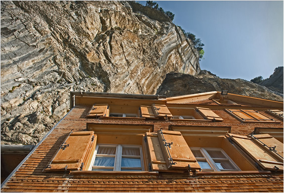 mountain-guest-house-switzerlend-3