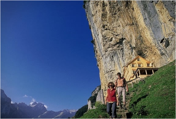 mountain-guest-house-switzerlend-5