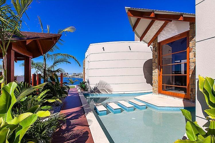 002-central-beach-house-mark-gacesa