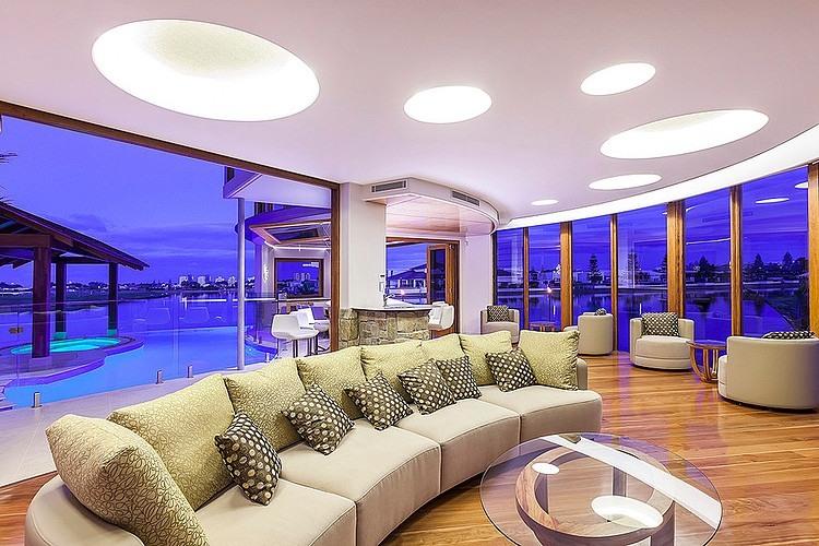 007-central-beach-house-mark-gacesa
