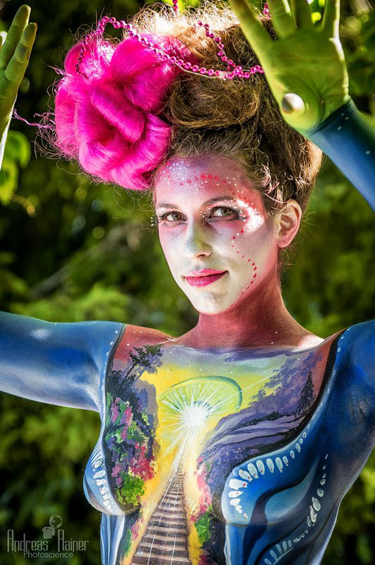 11-beautiful-body-painting-