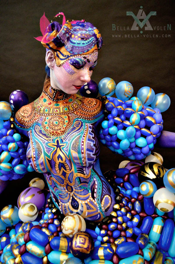 Paintloon_Dress_Bodypainting.jpg