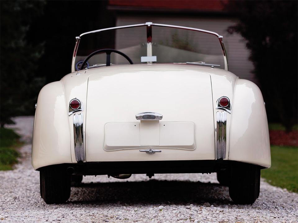 1951-Jaguar-XK120-Roadster-10
