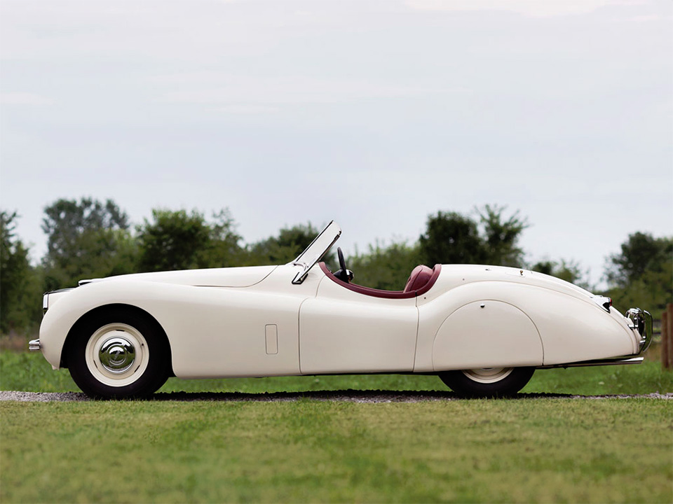 1951-Jaguar-XK120-Roadster-5