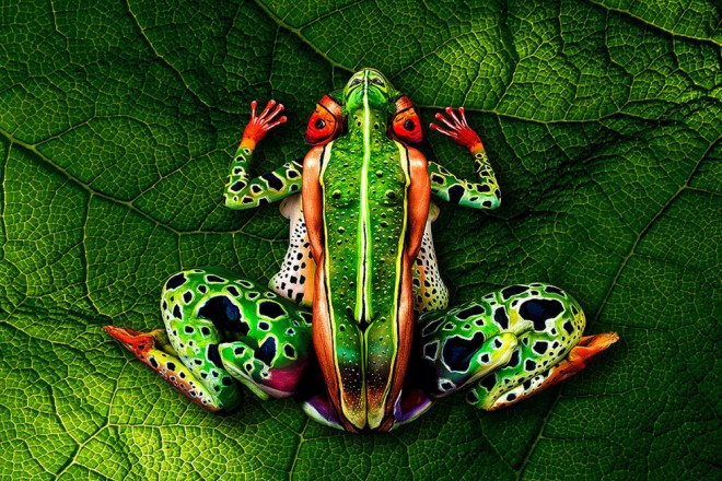 24-body-painting-animals-frog.preview