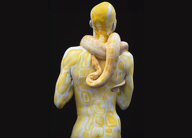 3-body-painting-snake