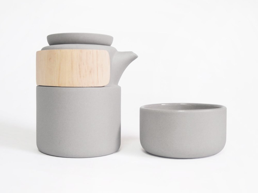 take-breath-ceramic-modern-tea-pot
