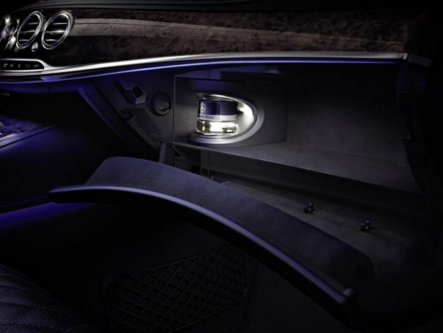 2014-Mercedes-Benz-S-Class-Interior-unveiled-8
