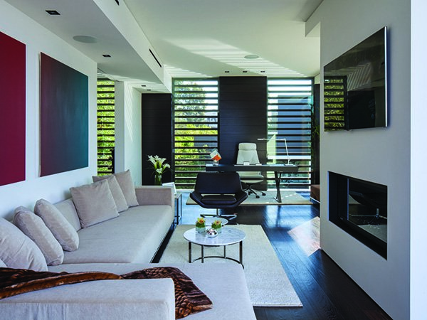 600x450xLaurel-Way-Residence-15-1-Kindesign.jpg.pagespeed.ic.AJGjHLEH37