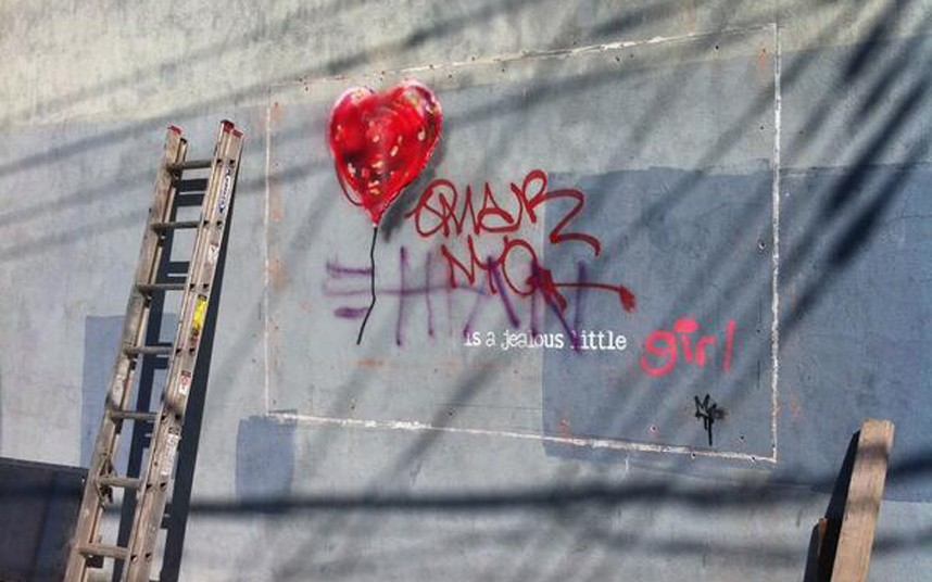 Banksy_cut_off_2704158k