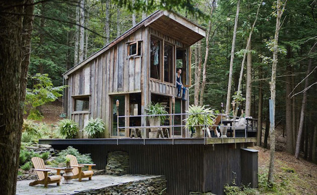 off-the-grid-14x14-feet-cabin-in-new-york-1