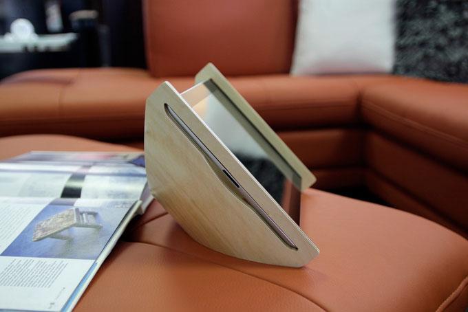 SNE-iPad-stand-4