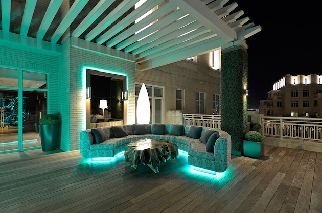 Spring-Has-Sprung-15-Great-Deck-Designs-For-Your-Space-15