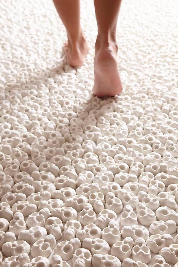 Walk-On-100-000-Tiny-Porcelain-Skulls