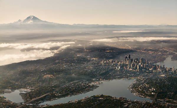 birds-eye-view-aerial-seattle-600x366