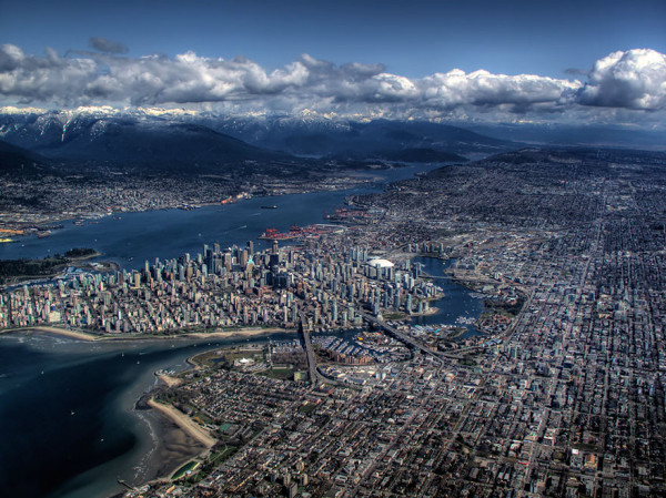 birds-eye-view-aerial-vancouver-600x449