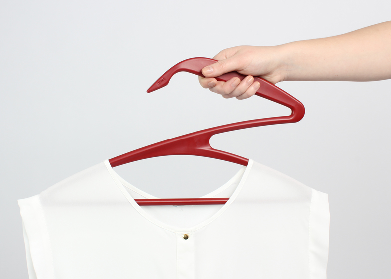 Gazelle-Clothes-Hanger-by-Gazel_ss_6