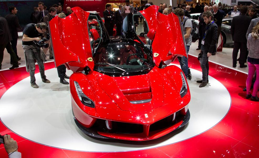 laferrari-ferrari-review-2