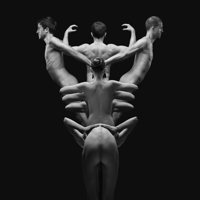Naked-Bodies-Optical-Illusions-3