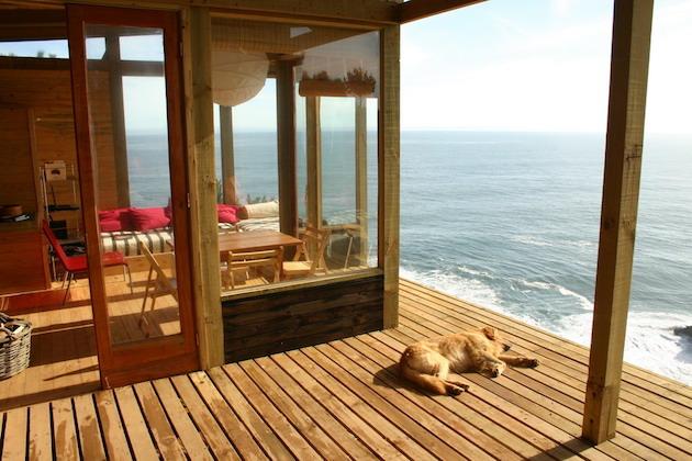 Stunning-Chilean-Beach-Home-4