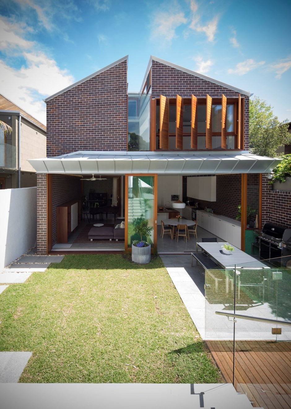 Compact-home-back-of-the-house