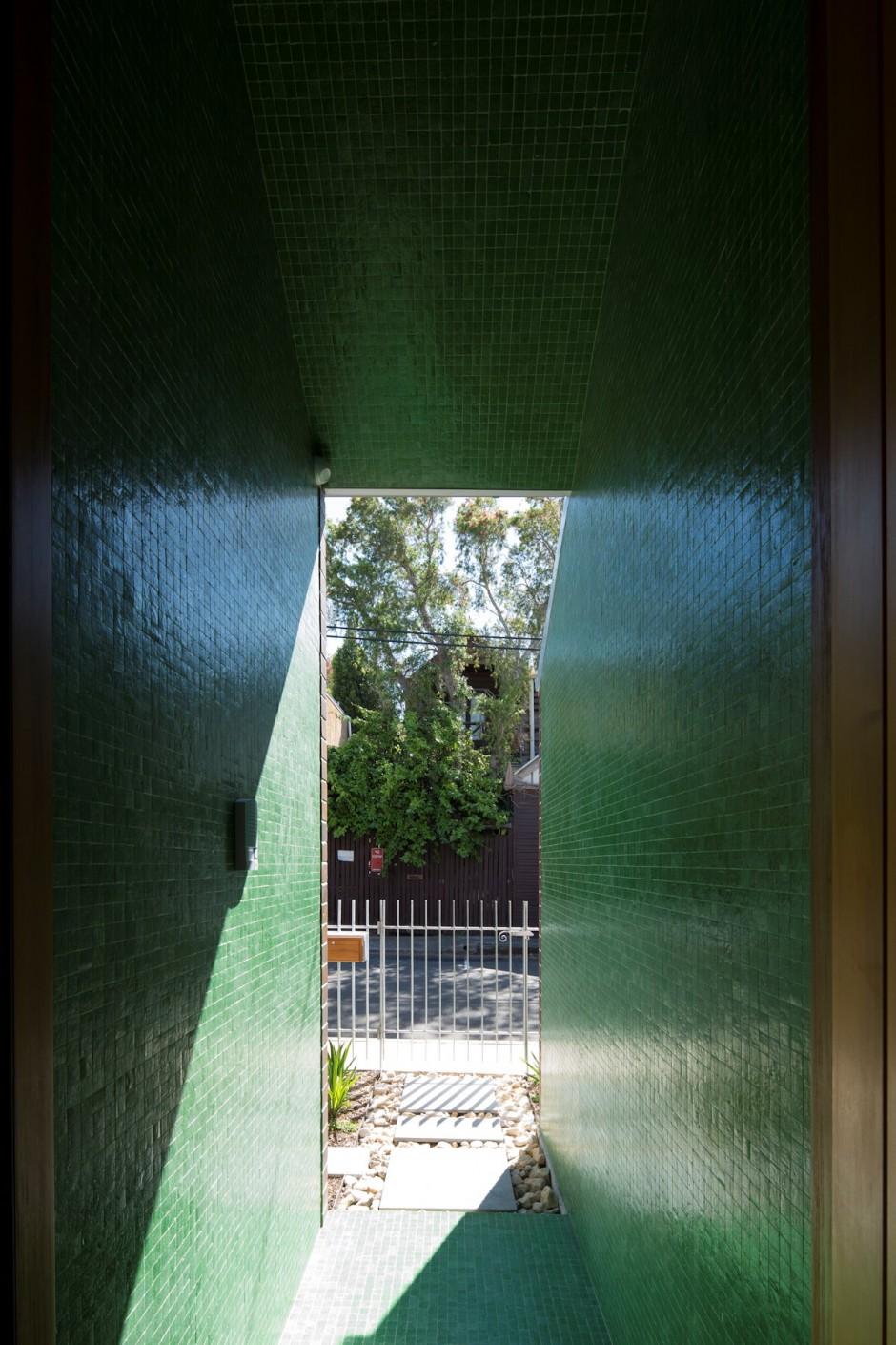 Narrow-green-hallway