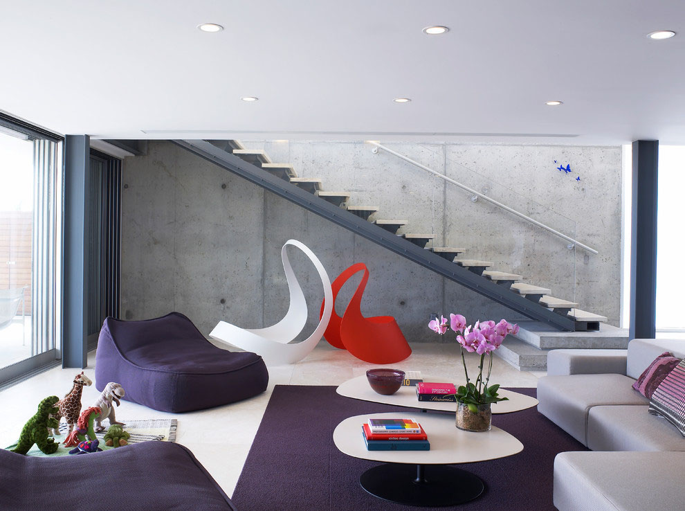 Staircase-and-purple-decor